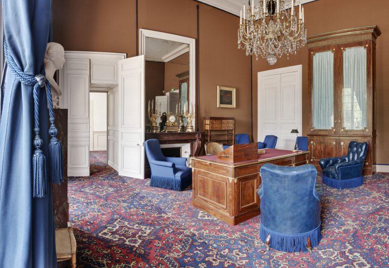 Cabinet de travail de Napoléon III du château de Fontainebleau