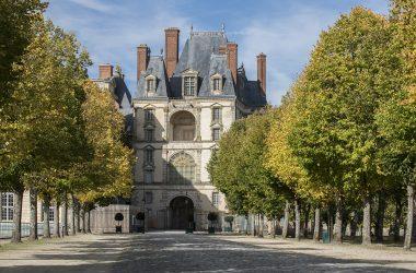 Allée de Maintenon du château de Fontainebleau