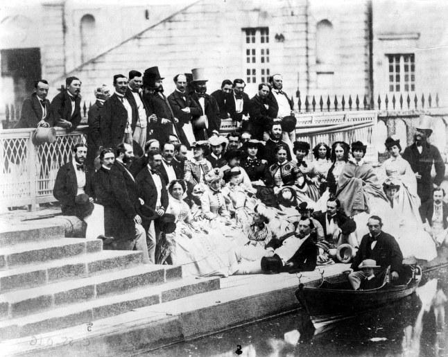 La cour à Fontainebleau