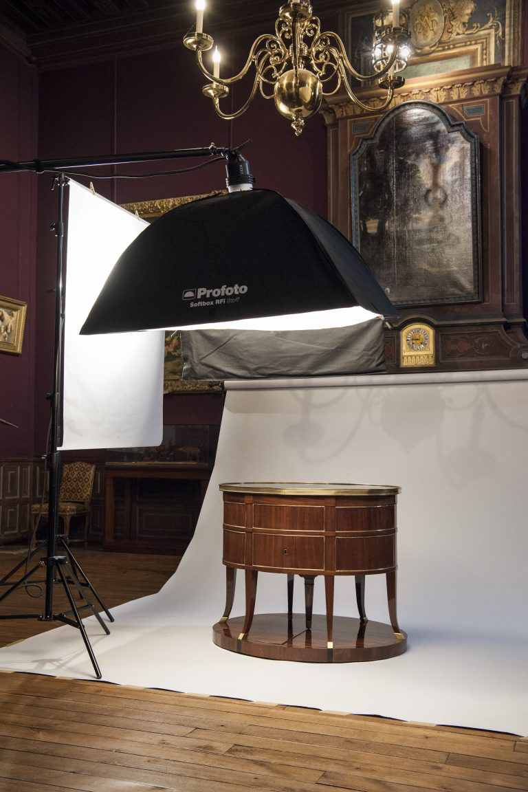 Photo campaign for the collections and decorations at the château de Fontainebleau