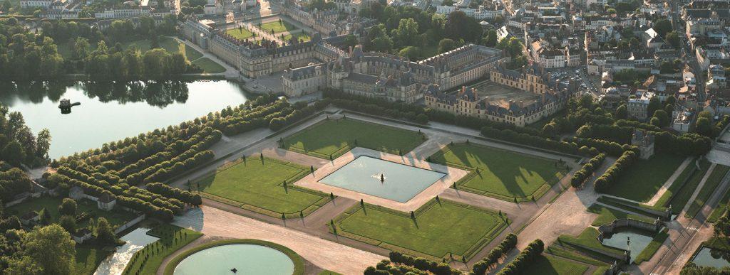 Vue aérienne des jardins du château de Fontainebleau