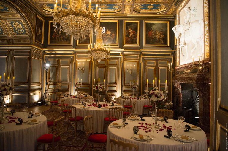 Dîner dans les salles Saint Louis du château de Fontainebleau
