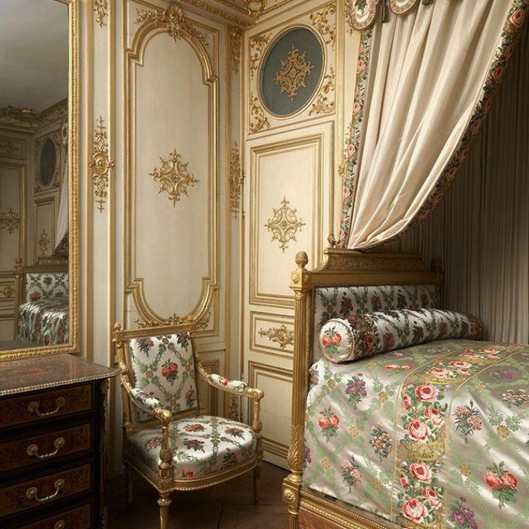 Chambre de Madame de Maintenon-Château de Fontainebleau de (c) H. Maertens