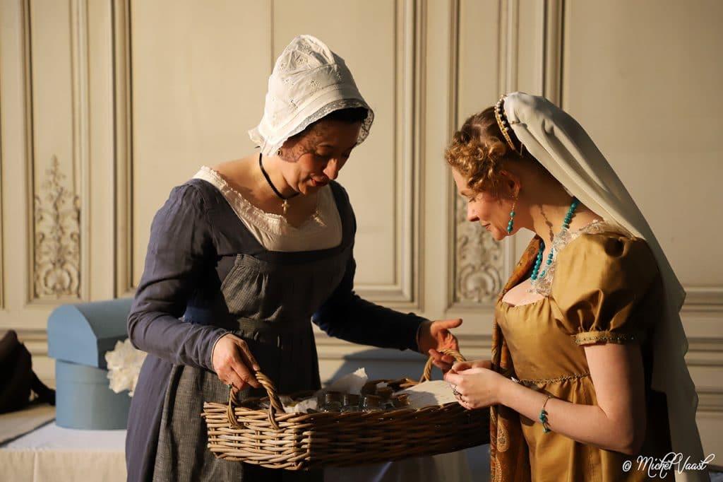 visites théâtralisées des Petits Appartementd - Reconstitutions historiques, octobre, novembre au château de Fontainebleau